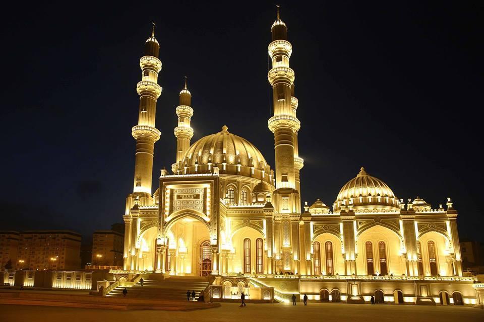 Bakus's mosques